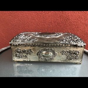 Godinger Storage & Organization - Godinger Silver Plated Jewelry Box Burgundy Velvet